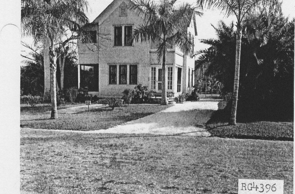 2636 Michigan Avenue (1923)